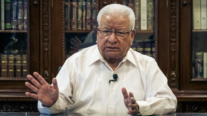 """""""En México y el mundo, la mentira es arma privilegiada para gobernar"""": Aquiles Córdova"""