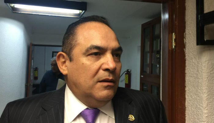 Este 14 de abril iniciaron campaña los candidatos a Senadores propietario y suplente: Trujillo