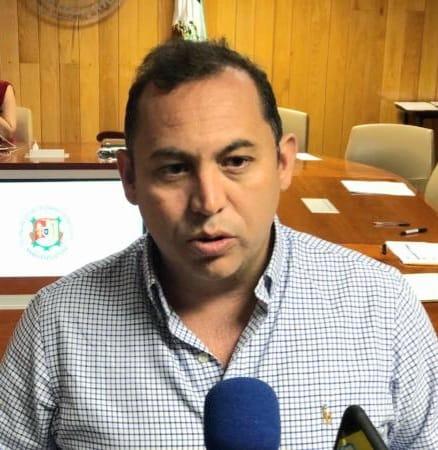 Pide diputado Armando Vélez no dividir a los pueblos indígenas en Del Nayar